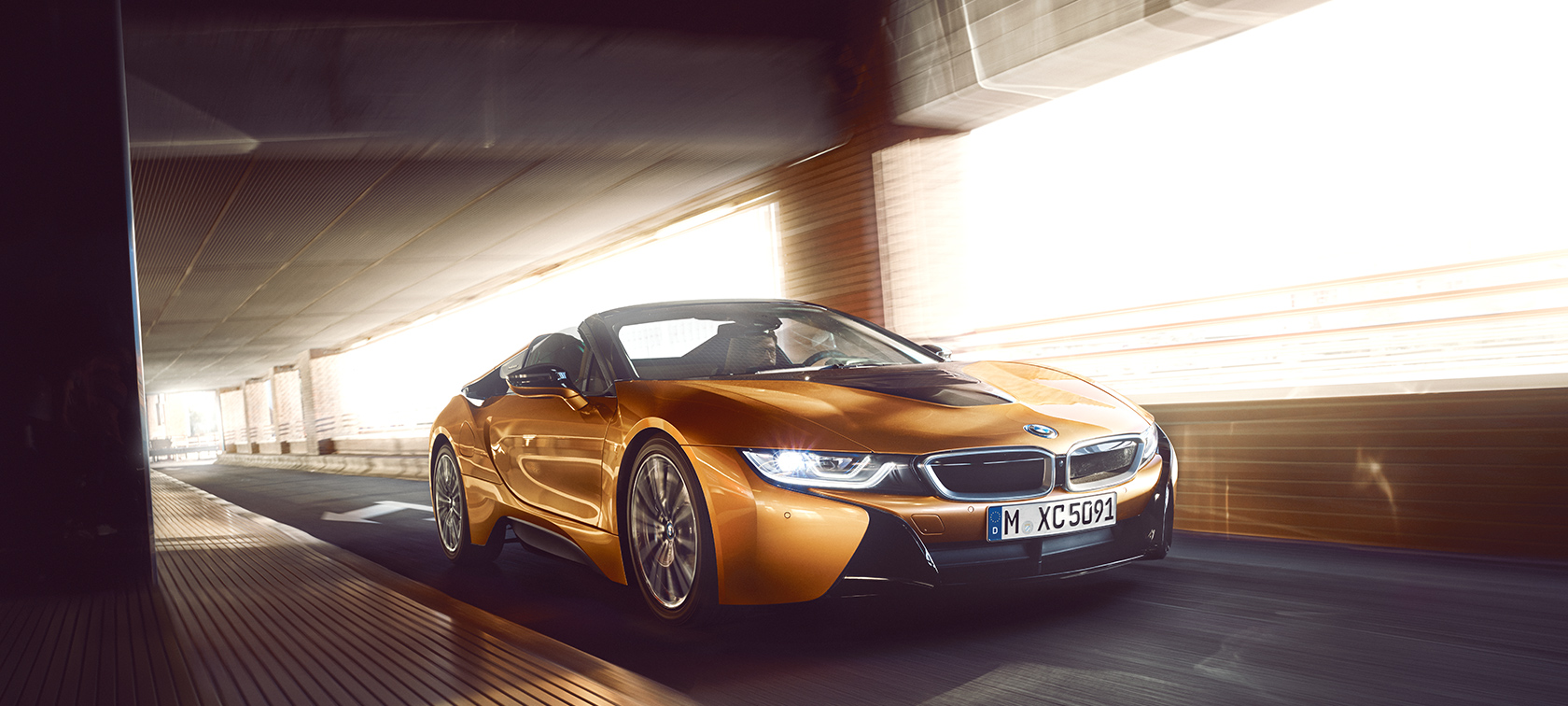 bmw i8 roadster la nouvelle version de la plug in hybrid. Black Bedroom Furniture Sets. Home Design Ideas